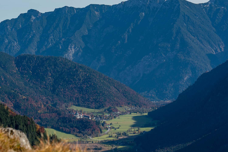 Graswangtal mit dem Kloster Ettal