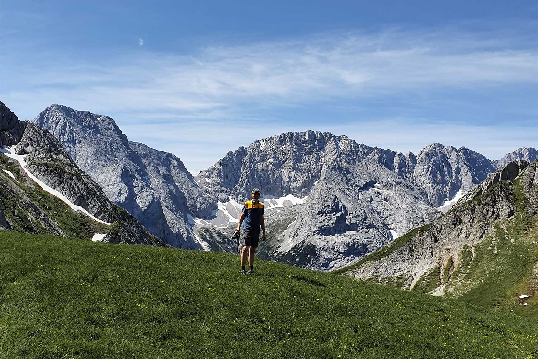 Bergpanorama oberhalb der Hochfeldern Alm