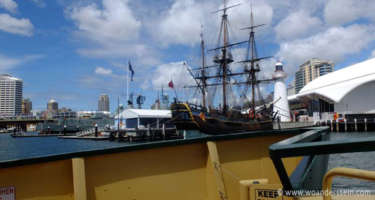 sydney-ferries-darling-harbour