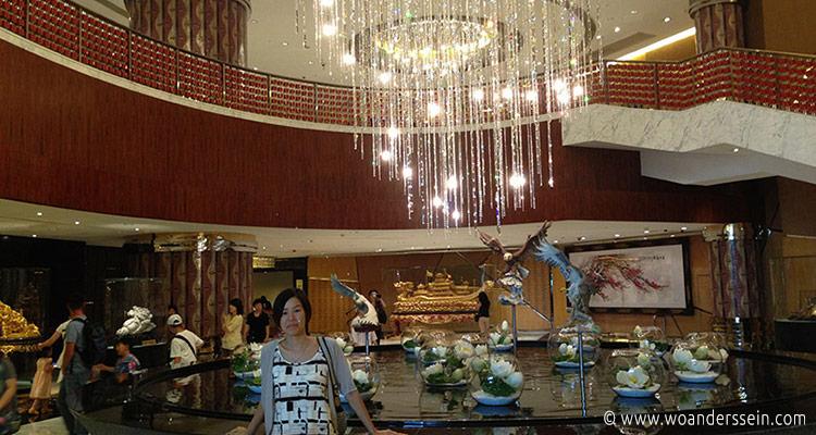 macau-grand-lisboa-hotel-chi