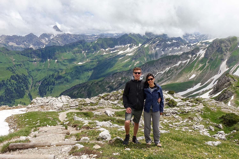 Kaum den Aufstieg geschafft, verdecken die Wolken das Alpenpanorama