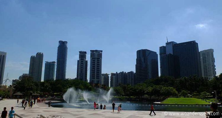 kuala-lumpur-petronas-twin-tower-park3