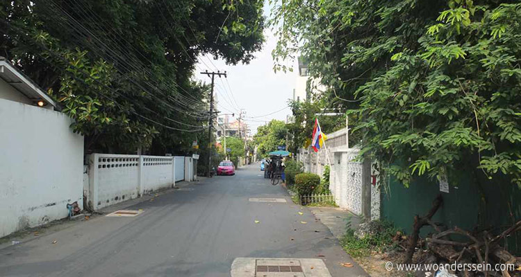 bangkok-aravinda-living-home2