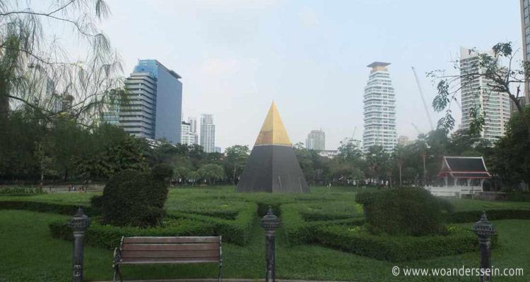 bangkok-benchasiri-park