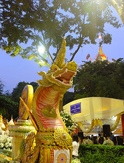 bangkok-golden-mount-parade3