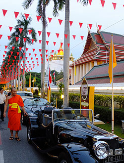 bangkok-golden-mount-parade7