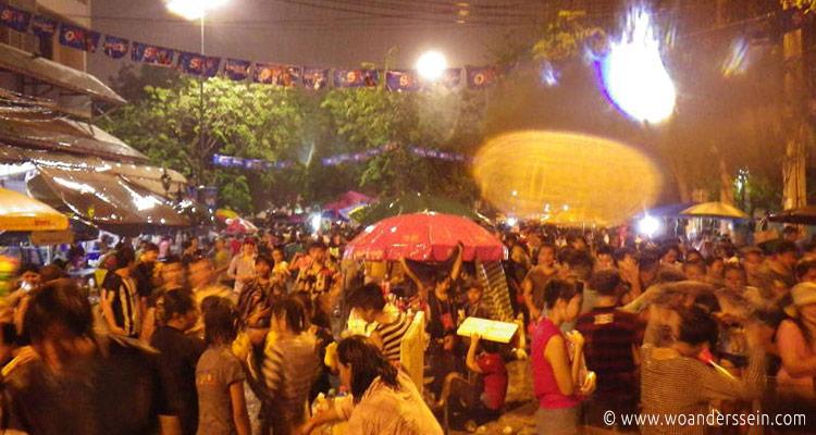 bangkok-songkran-khaosan-9