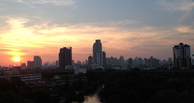 bangkok2-sonnenuntergang-balkon