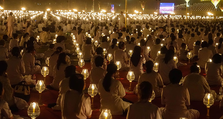 Reisetipps Bangkok - Dhammakaya Makha Bucha Day